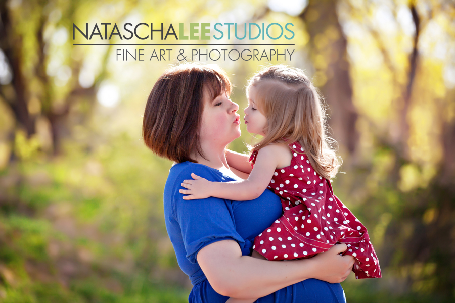 Vibrant, Joyful, Natural and Fun Maternity Photography by Broomfield's Natascha Lee Studios