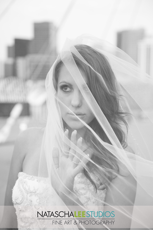 Denver Colorado Bride in Black and White - Urban SEtting- Millennium Bridge - Natascha Lee STudios