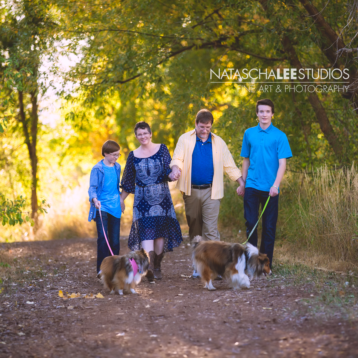 Broomfield Family and Pet Photography - with Dogs (Natascha Lee Studios)